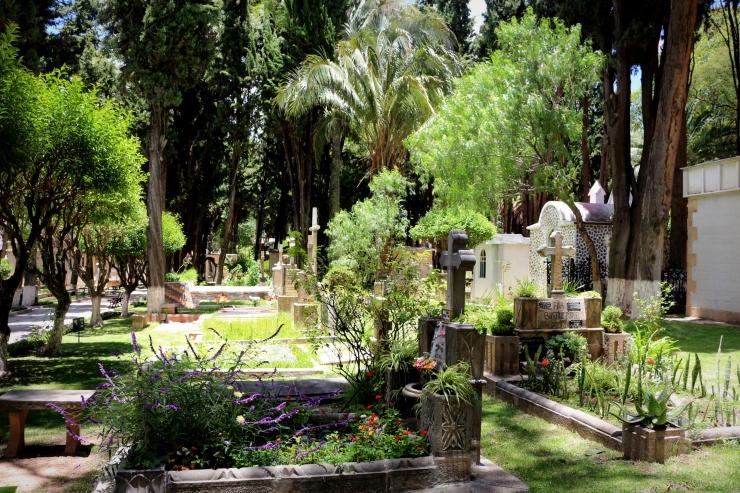 2121 Sucre Bolivia Cementario